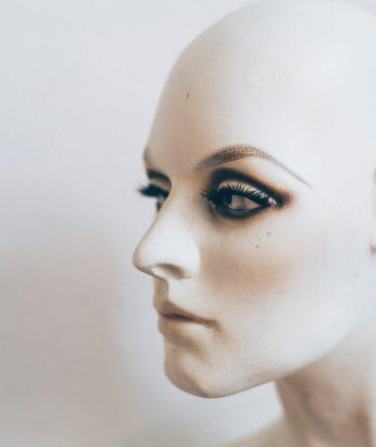 макияж на манекене