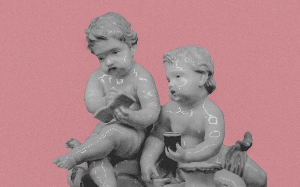 статуя деток