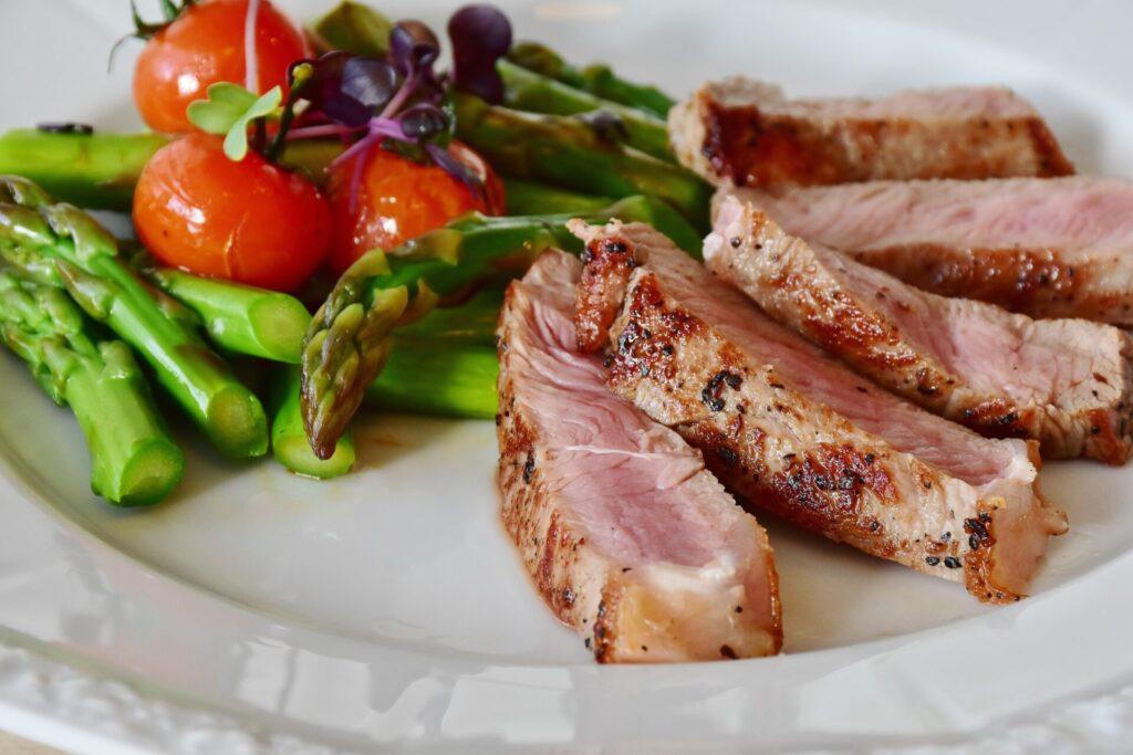 красивое мясное блюдо
