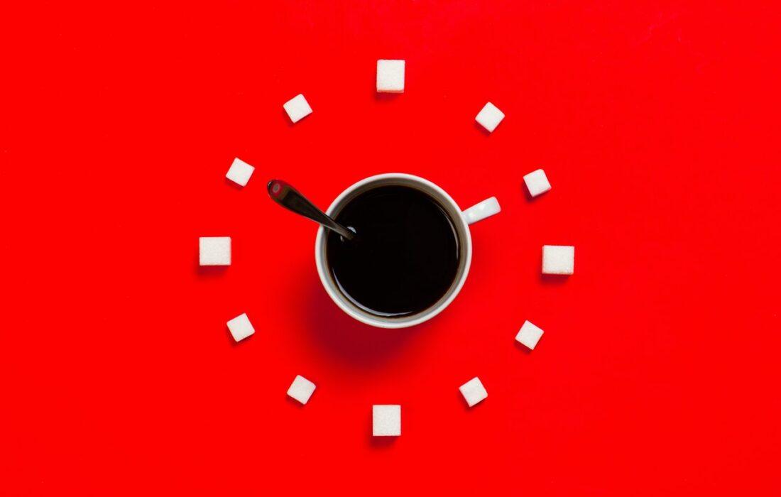 часы из кофе и сахара