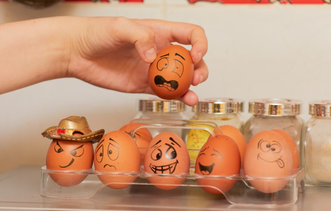 эмоциональные яйца