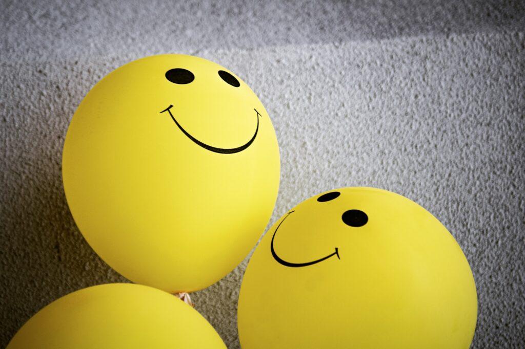 улыбающиеся шарики