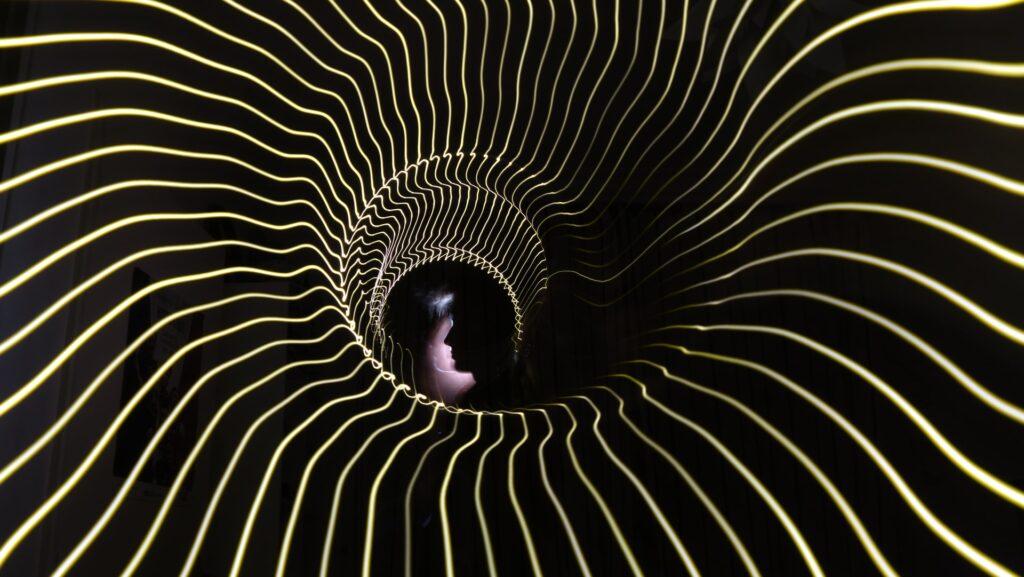 гипнотические линии
