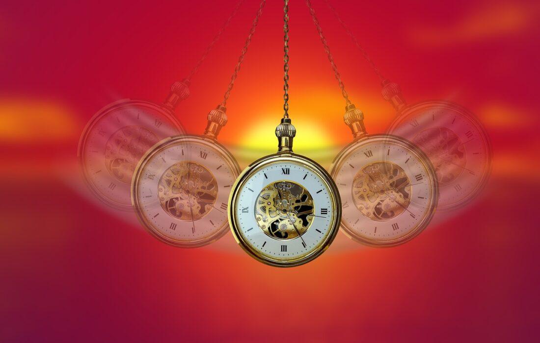 гипнотические часы