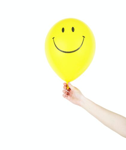 желтый шарик со смайлом