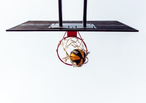 мяч в корзине