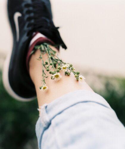 цыеты в ботинке