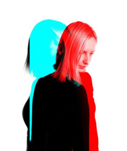 сине-красное фото девушки