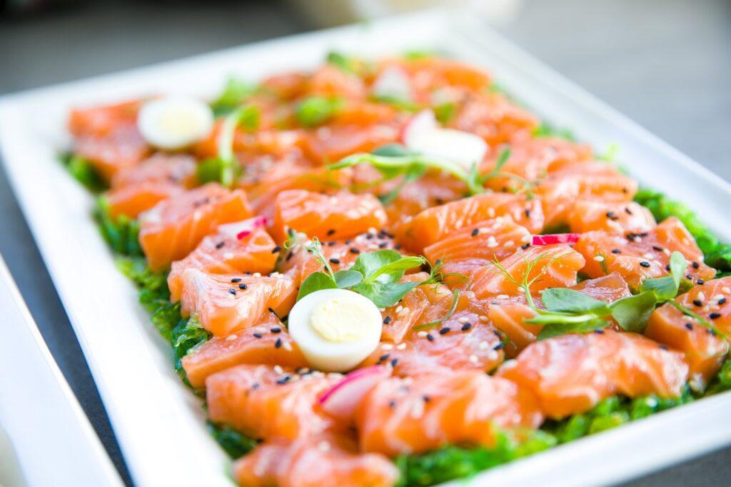 лосось на тарелочке