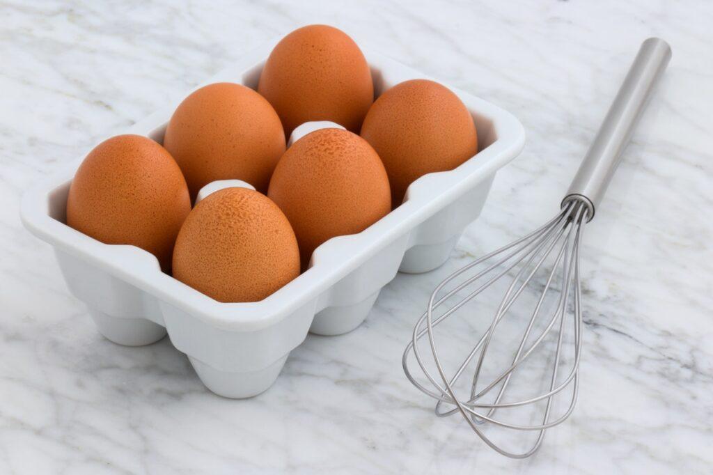 яйца и венчик