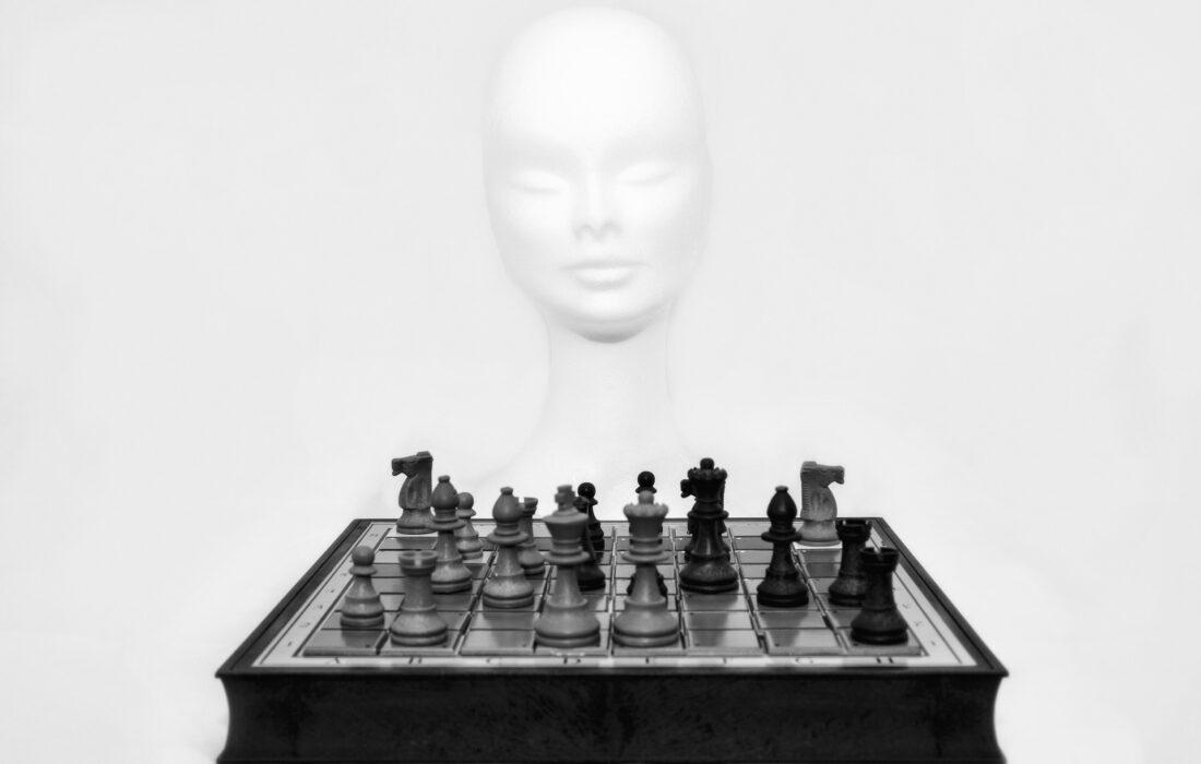 голова и шахматы