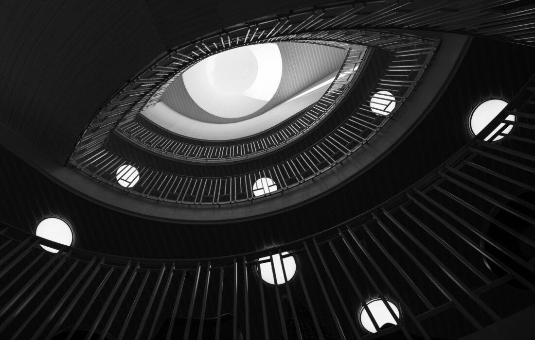 архитектура в виде глаза