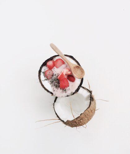 йогурт в кокосике