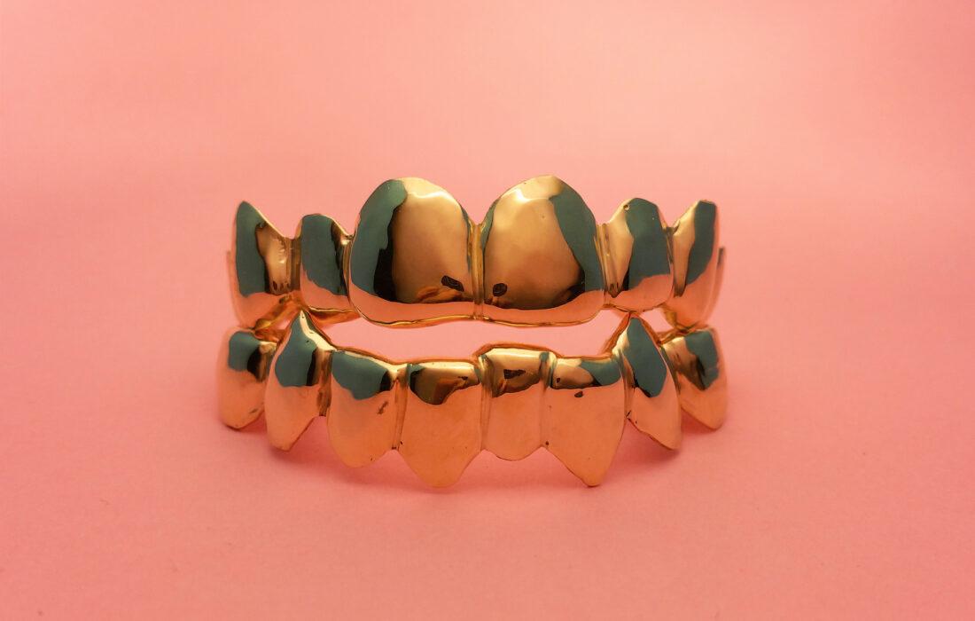 украшение для зубов